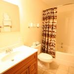 Family Suite Jacuzzi Tub